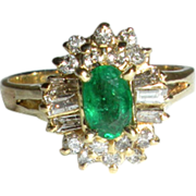 Beautiful Emerald and Diamond Ring in 14-karat Gold