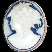 Oval Cameo of Goddess Flora, Brooch or Pendant; 9 karat gold frame