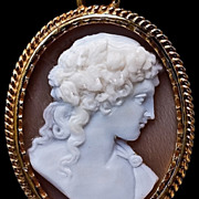 Antique Victorian Shell Cameo Locket Pendant Necklace