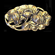 Brass Colored Art Nouveau Poppy Brooch in Relief