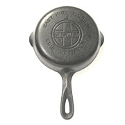 Cast Iron Griswold Skillet, No. 3, Large Logo