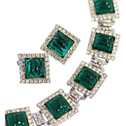 WILLIAM de LILLO Bracelet and Earrings, Open Back Emerald Art Stones and Swarovski Rhinestones
