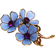Poured Glass Periwinkle Unsigned Trifari 4 Inch Fur Clip Brooch