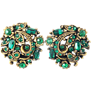 SALE 29571a - Hollycraft 1950 Green Emerald Rhinestones Clip Back Round Earrings
