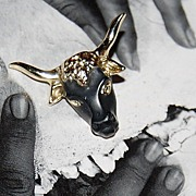 SALE Vintage Matte Black Enamel Steer Goldtone Tie Tack