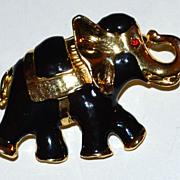 SALE 1980s Black Enamel Goldtone Elephant Brooch/Pin