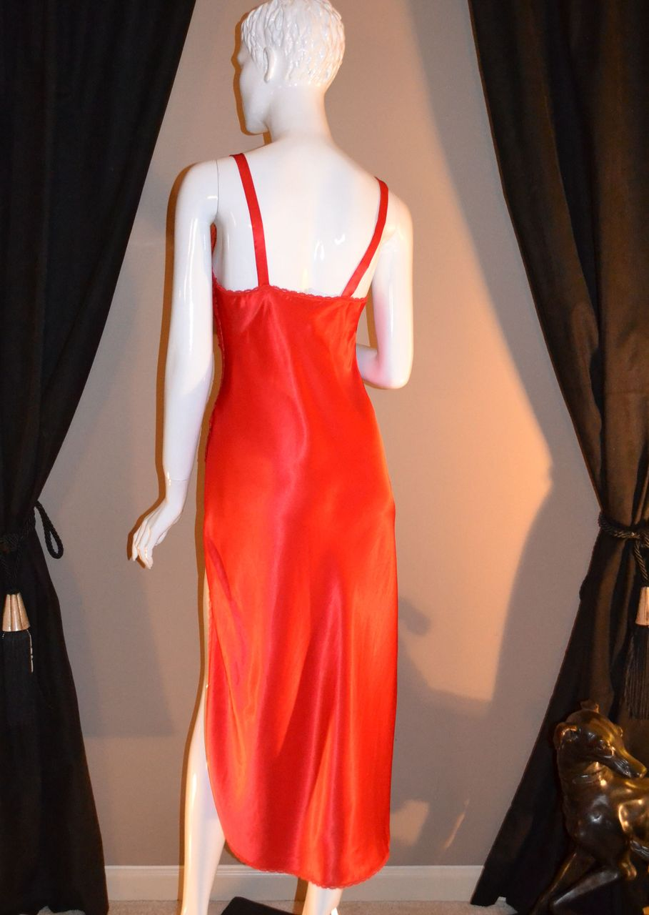 1970 80s Val Mode Cherry Red Lace Nightgown From
