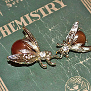 SALE 1950s Faux Copper Pearl Fly Rhinestone Scatter Pins