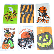 SALE Set of 6 Halloween Candy Trick or Treat Paper Bags