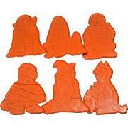 SALE 1979 Chilton Kiddy Kreetures Halloween Set of 6 Huge Monster Cookie Cutters
