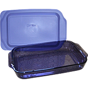 SOLD Pyrex Purple Amethyst Glass 3 Quart Cake Pan or Baking Dish with Lid