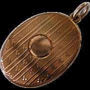 REDUCED Hallmarked  England 1940 GOLD Locket