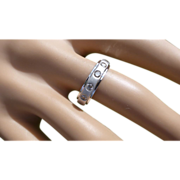 18k White Gold Hallmarked Band with 5 Champagne Coloured Diamonds.