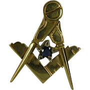 Masonic pendent. ENGLISH Hallmark for 9 carat yellow gold.