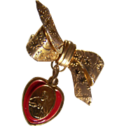 SALE RELIGIOUS ~ JESUS Vintage Drop Brooch ~ RIBBON BOW  With Drop Medallion Of Jesus