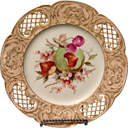 """KPM Berlin reticulated 7.5"""" dessert plate w bisected fruit and gold gilt accents"""