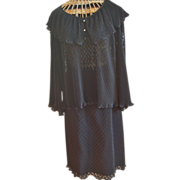 Women's 2- Piece Pleated Lace Skirt Set