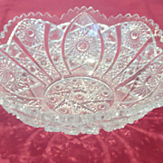 REDUCED Vintage Pressed Glass Serving Bowl