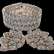 REDUCED Exquisite Vintage Diamante Bracelet and Clip Earring Set