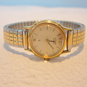 REDUCED Vintage Ladies Citizen Quartz Watch with Diamond Chips