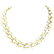 SALE Trifari shooting Comet Pearl cabochon Necklace