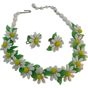 Glass Daisy Necklace and earring set