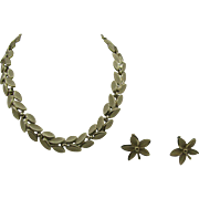 Trifari Necklace, pin  and earring set Gold tone leaf/flower design Parure