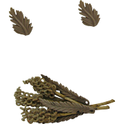 SALE Very early Plastics Wheat Brooch and screw back earrings