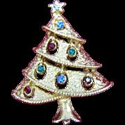 SALE Tiny vintage Christmas tree pin