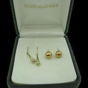 Two vintage pair of Black Hills Gold Earrings in Original box