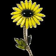 Schreiner Unsigned Yellow Daisy Brooch Pin