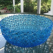 Daisy Button 9.5 in Blue Round Bowl