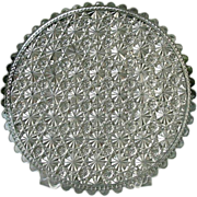 Daisy Button Clear 10 in. Round Plate 1885 Clio Pattern