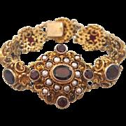 Bohemian Garnet bracelet made of gilt silver, 19th century