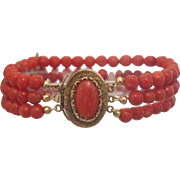 Victorian triple strand Coral bead bracelet, gilt silver, 19th century