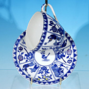 Antique Japanese NIPPON (Nichi How) Cobalt Blue & White IMARI Porcelain Teacup & Sauce
