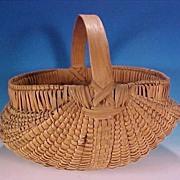SOLD Vintage Old Oak Splint Buttocks Ribbed Egg Basket