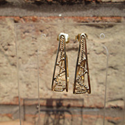10-14kt  Half Triangle Dangle Earring