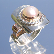 Sterling/9kt Pink Gold Domed Freshwater Pearl Rectangular Ladies Ring