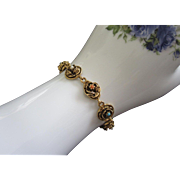 SALE Vintage Goldette Raised Gold Tone Flowers Bracelet