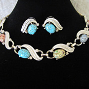 Vintage Enamel and Art Glass Speckled Cabs Necklace and Pierced Earrings Set