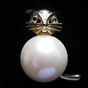 REDUCED Vintage Marvella Faux Pearl  Full Bodied Cat Figural Pin Brooch