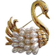 REDUCED Elegant Swan with Faux Pearl Feathers Pin Brooch