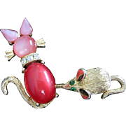 Whimsical Jelly Belly Moonglow Lucite Cat and Mouse Trembler Pin