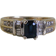 Beautiful Vintage Sapphire and Diamond 14kt Gold Ring