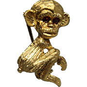 SALE PENDING Vintage Figural 18K Gold Monkey Brooch Pin With Ruby Eyes