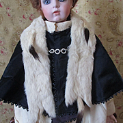 Lovely Edwardian Child's Ermine Shawl For Doll