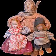 SALE PENDING Stockinette Russian Mom w/Children