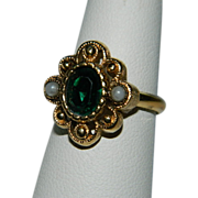 SALE Vintage Avon Victorian Revival Ring ~ Faux Emerald Seed Pearls sz 6-7