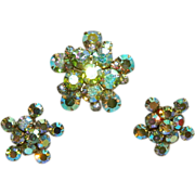 SALE Stunning Weiss Parure ~ Aurora Borealis Rhinestone Star Burst Brooch & Earrings Set